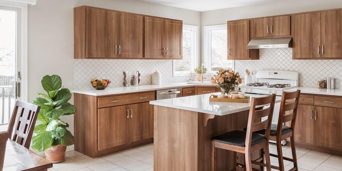 wood-tone-shaker-kitchen